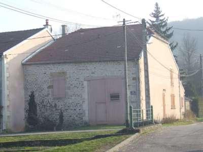Gerenoveerde dorpswoning met veel charme. Direct bewoonbaar, Haute-Marne, Frankrijk