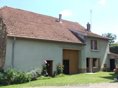Vrijstaande boerderij met tuin, Haute-Marne, Frankrijk