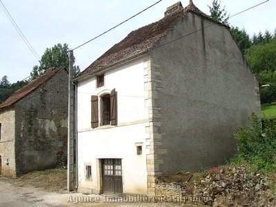 Vrijstaande dorpswoning met uitzicht, Haute-Saone, Frankrijk
