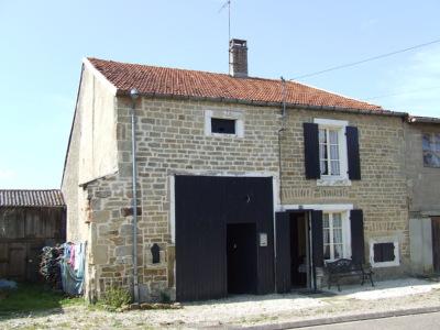 Charmante boerderij met tuin en schitterend uitzic, Haute-Marne, Frankrijk