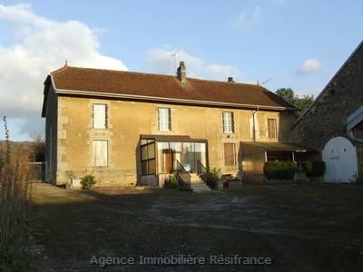 Vrijstaand Maison de Caractère in charmant dorpje, Haute-Marne, Frankrijk