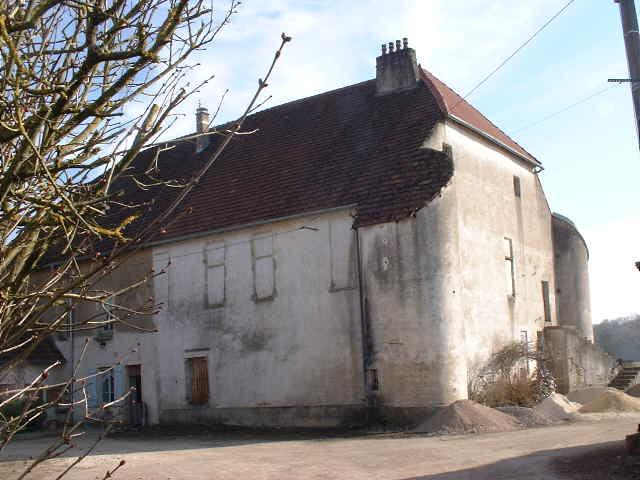 Helft van voormalig château, Haute Saône, Frankrijk