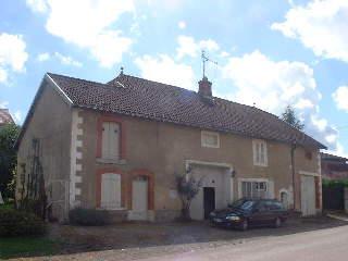 Karakteristieke vrijstaande boerderij, Haute Marne, Frankrijk