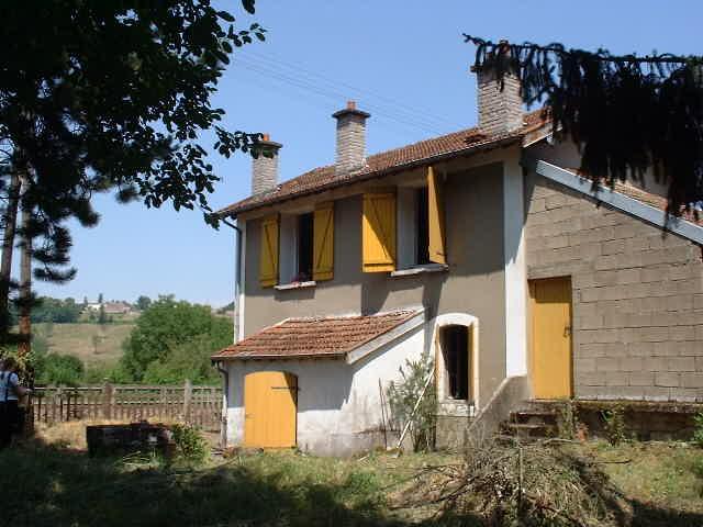 Schattig spoorweghuisje op schitterende lokatie, Haute Marne, Frankrijk
