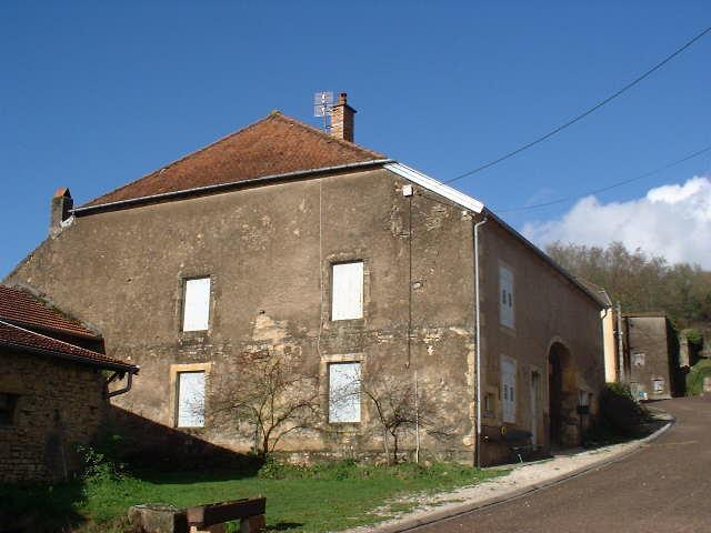 VRIJSTAANDE BOERDERIJ, Haute Saône, Frankrijk