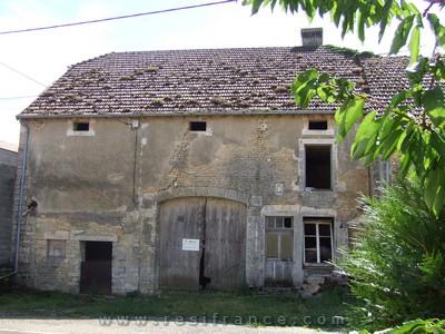 Te renoveren boerderij met tuin en uitzicht, Haute-Saone, Frankrijk