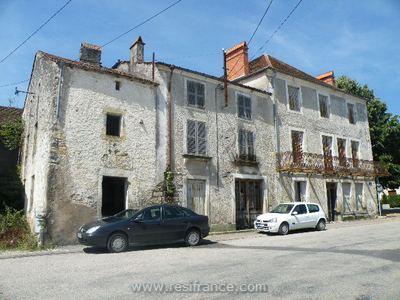 Grote maison de caractère met veel authentieke details, Haute-Marne, Frankrijk