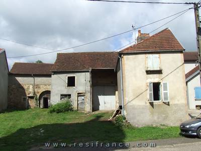 Grote te renoveren boerderij, Haute-Saone, Frankrijk