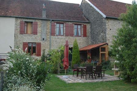 Mooi gerenoveerd dorpshuis, Haute-Saone, Frankrijk