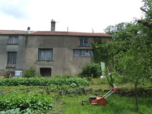 Te renoveren dorpsboerderij met tuin en uitzicht, Haute-Marne, Frankrijk