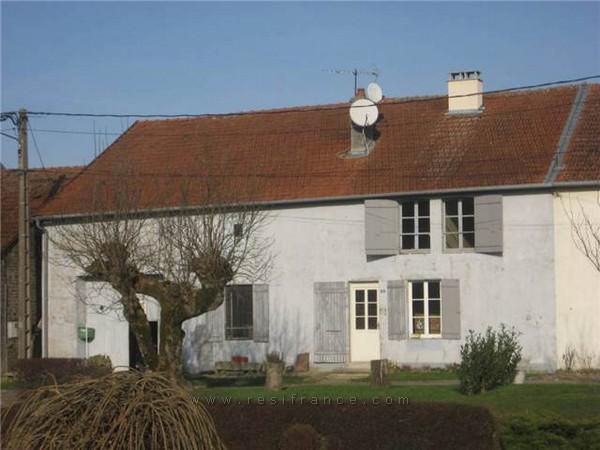 Charmante dorpsboerderij op mooie lokatie, Haute-Marne, Frankrijk