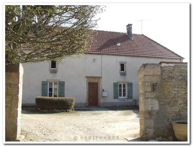 Gerenoveerd Maison de caractère met tuin en schitterend uitzicht, Haute-Marne, Frankrijk