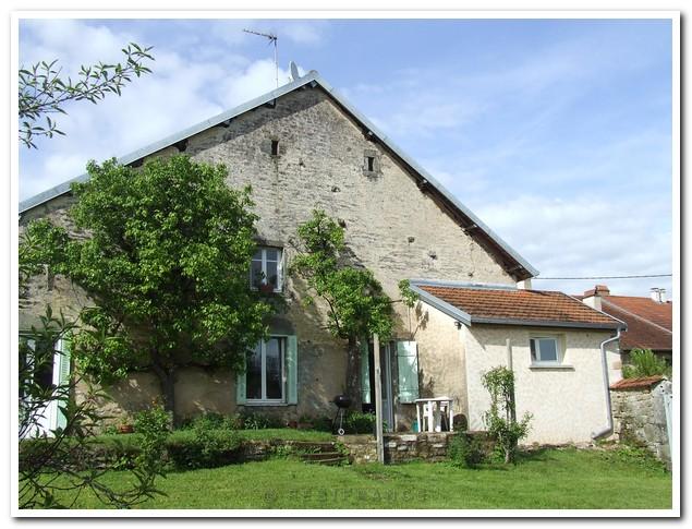 Charmante dorpswoning met mooie tuin en uitzicht, Haute-Saone, Frankrijk