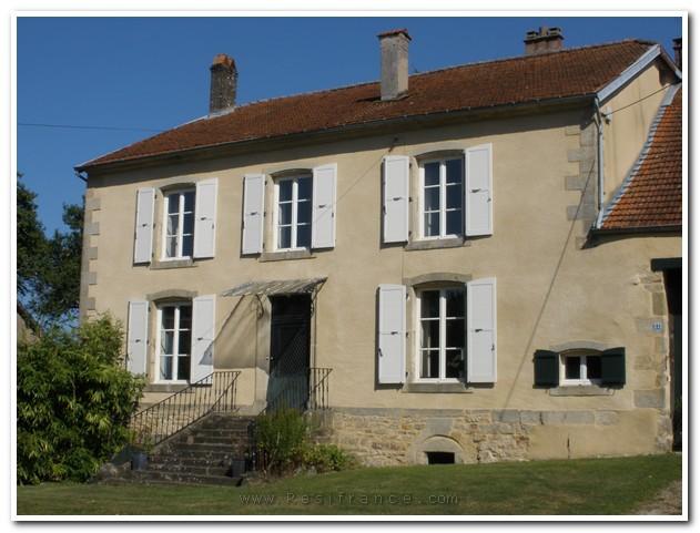 Schitterend Maison de Caractère met groot terrein, Haute-Marne, Frankrijk