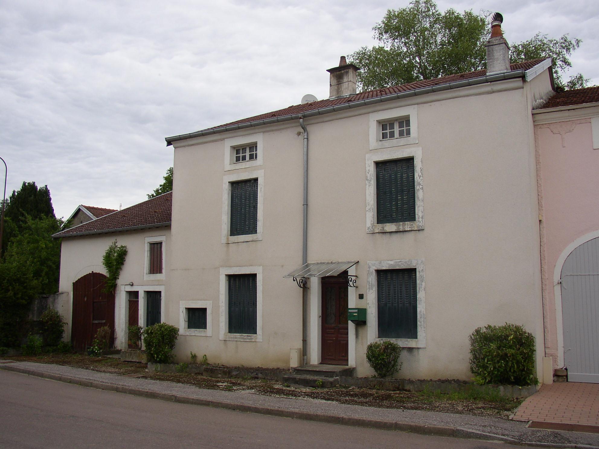 Mooi herenhuis op te frissen, Haute-Marne, Frankrijk