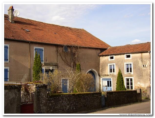 Mooie vakantie boerderij in een leuk dorpje, Haute-Marne, Frankrijk