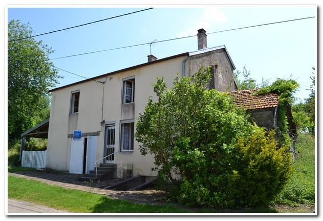 Vrijstaand woonhuis met tuin en boomgaard, Haute-Saone, Frankrijk