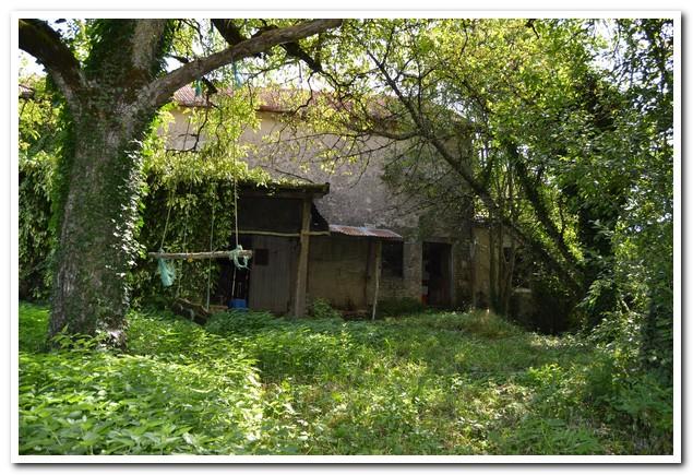 Op de knappen dorpswoning met tuin, Haute-Saone, Frankrijk