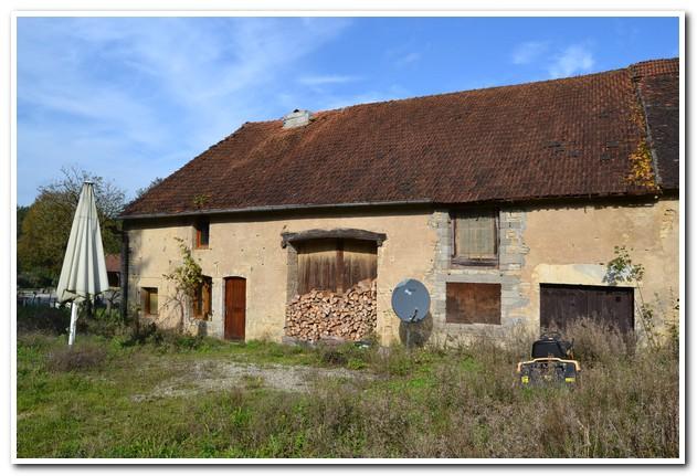Vrijstaande te renoveren boerderij met uitzicht, Haute-Marne, Frankrijk