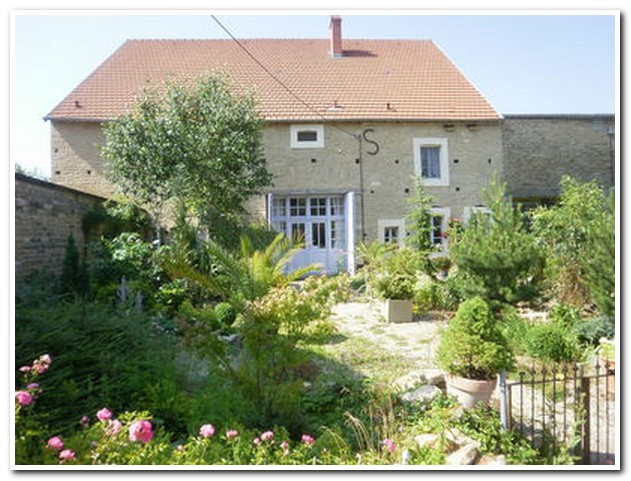Maison de Caractère met authentieke elementen, Haute-Saone, Frankrijk