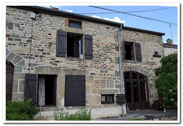 Karakteristieke dorpswoning met mooi terrein, Haute-Marne, Frankrijk