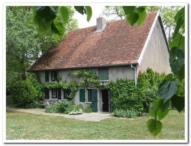 Landhuis met 2 Ha op idyllische lokatie aan de rivier, Haute-Saone, Frankrijk