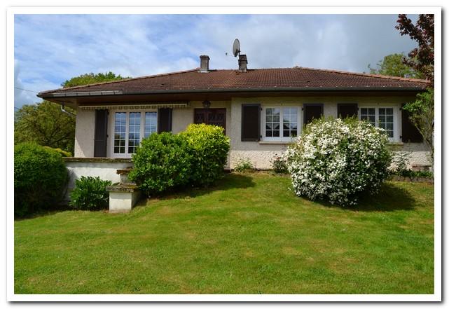 Vrijstaande woning met tuin en boomgaard, Haute-Saone, Frankrijk
