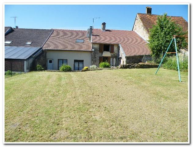 Mooi dorpshuis met grote tuin en een prachtig uitzicht., Haute-Marne, Frankrijk