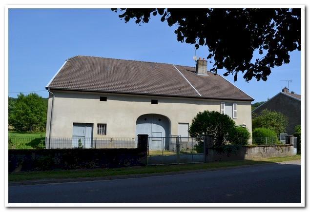 Charmante vrijstaande woonboerderij op zeer mooie lokatie, Haute-Marne, Frankrijk