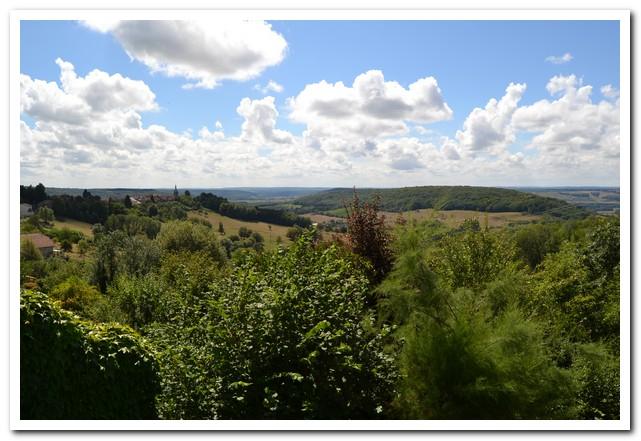 Dorpswoning met mooie tuin en schitterend uitzicht, Haute-Marne, Frankrijk