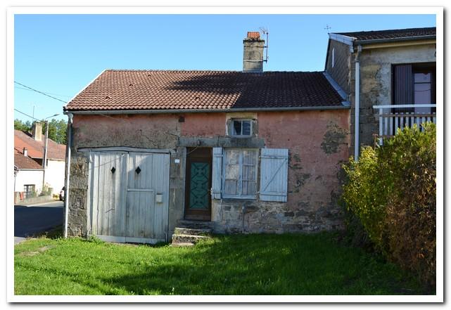 Te renoveren dorpswoning met tuin, Haute-Marne, Frankrijk
