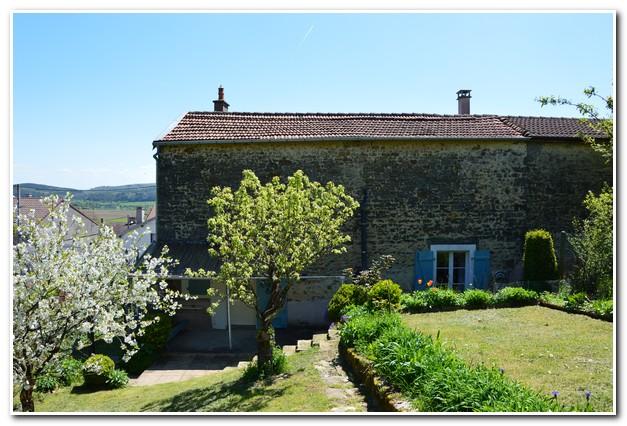 Charmante dorpswoning met tuin en mooi uitzicht, Haute-Marne, Frankrijk