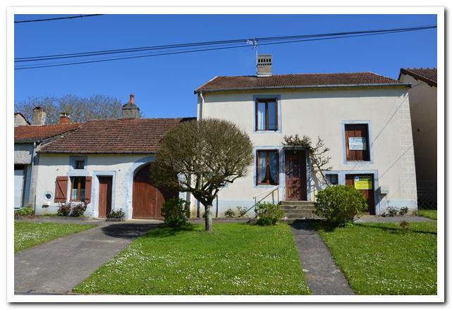 Charmant woonhuis met mooie tuin, Haute-Marne, Frankrijk