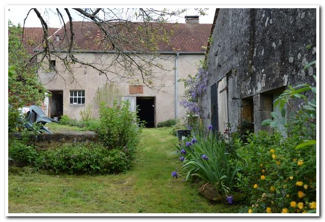 Charmante dorpswoning met grote tuin en uitzicht, Haute-Marne, Frankrijk