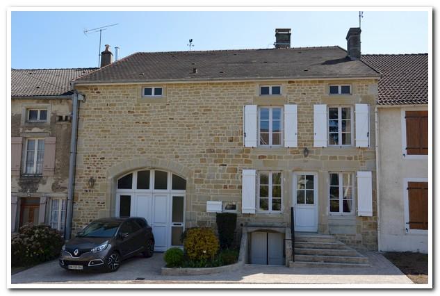 Gerenoveerd karakter huis met een prachtig uitzicht, Haute-Marne, Frankrijk