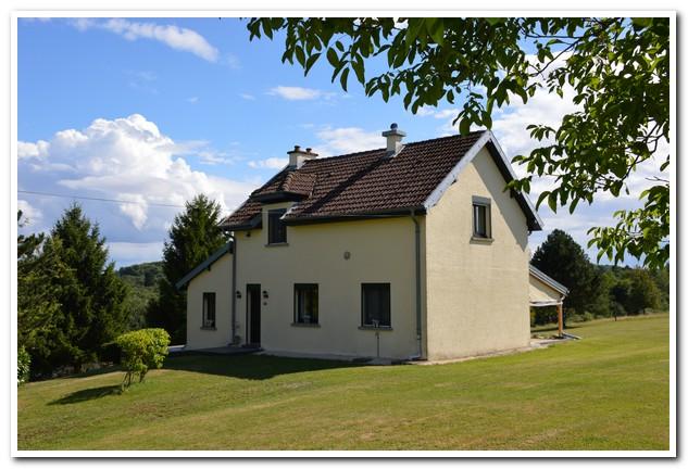 Modern woonhuis met terrein (1,25ha) op schitterende locatie, Haute-Saone, Frankrijk