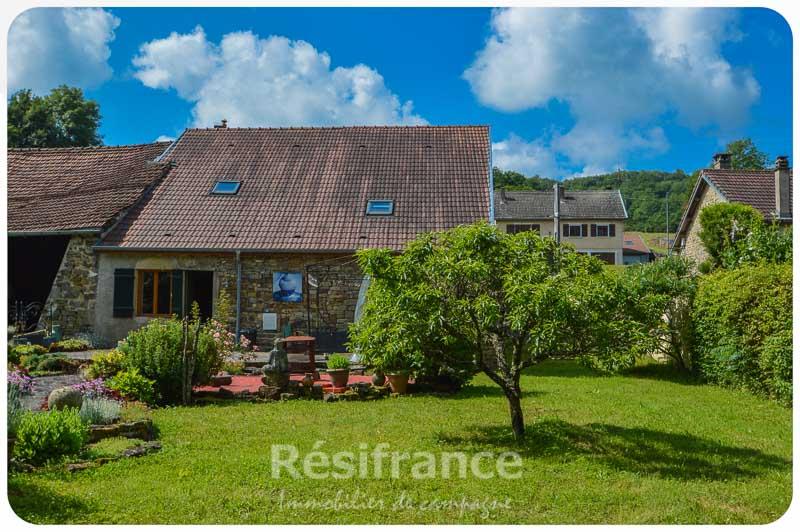 Charmante dorpsboerderij met mooie tuin, Haute-Marne, Frankrijk