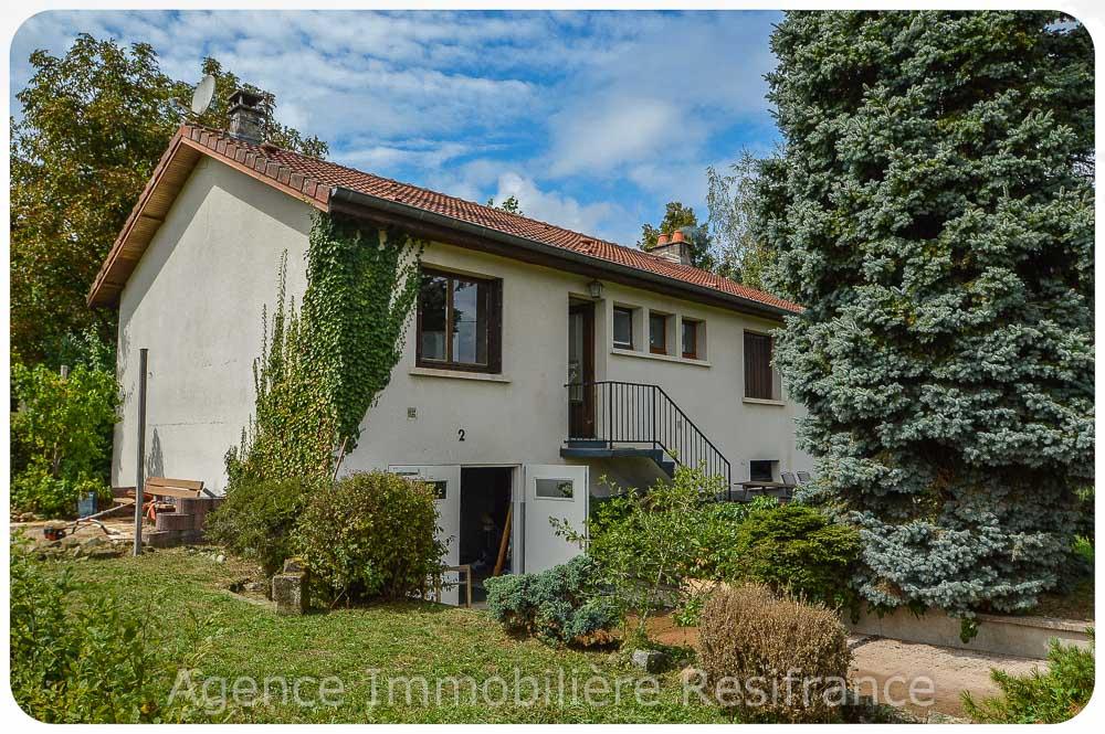 Vrijstaand woonhuis met tuin rondom en mooi vrij uitzicht, Haute-Marne, Frankrijk