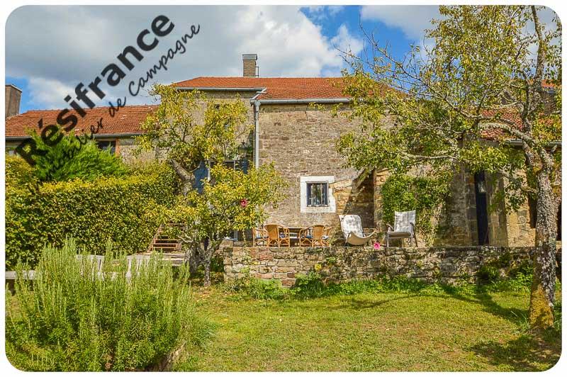 Woonboerderij met grote tuin en schitterend uitzicht, Haute-Marne, Frankrijk