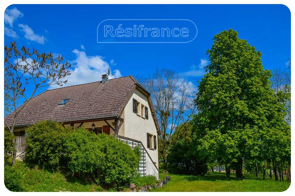 Vrijstaand woonhuis met grote tuin en mooi uitzicht, Haute-Marne, Frankrijk