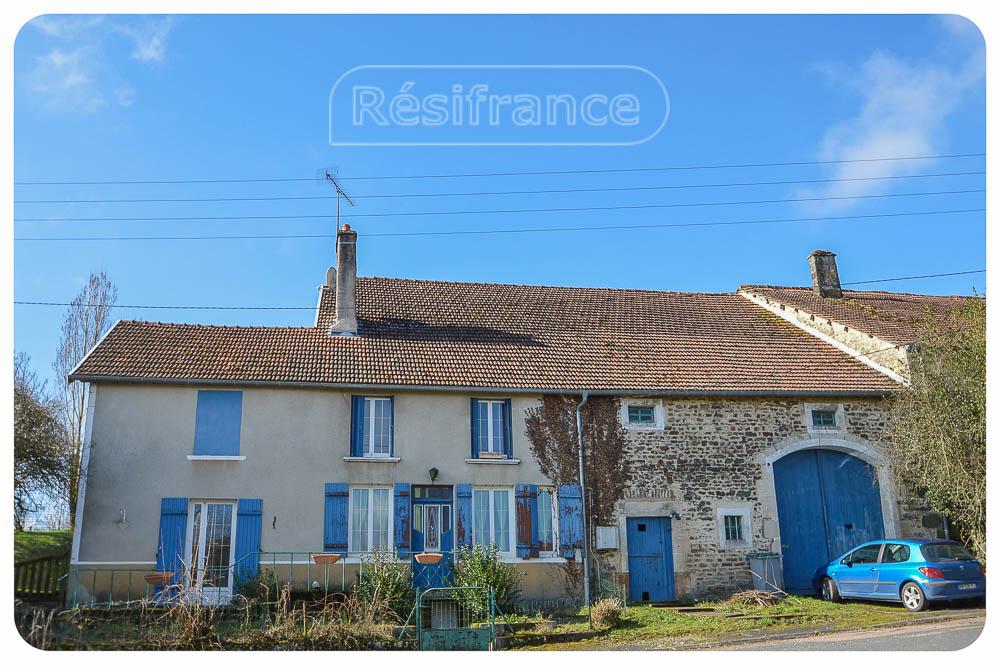 Rustig gelegen woonboerderij met groot terrein, Haute-Marne, Frankrijk