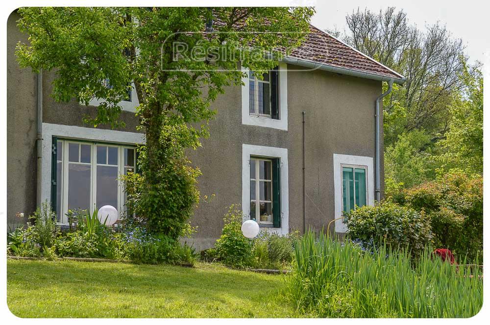 Charmante dorpswoning met grote tuin en spectaculair uitzicht, Haute-Marne, Frankrijk