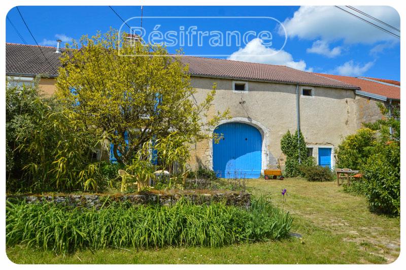 Charmante dorpsboerderij met grote tuin, Haute-Marne, Frankrijk