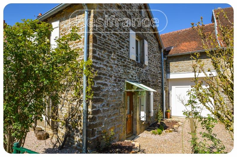 Charmant dorpshuis met tuin en terrein, Haute-Saone, Frankrijk