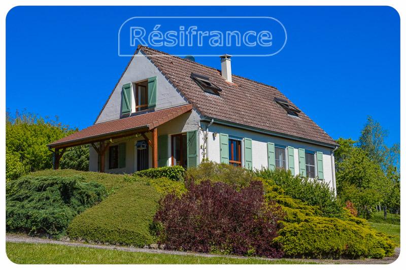 Schitterend gelegen woonhuis met 1,95 HA en uitzicht, Haute-Marne, Frankrijk