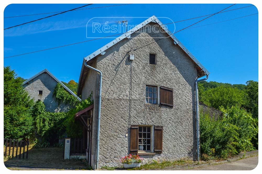Vrijdstaande dorpswoning op rustige locatie, Haute-Saone, Frankrijk