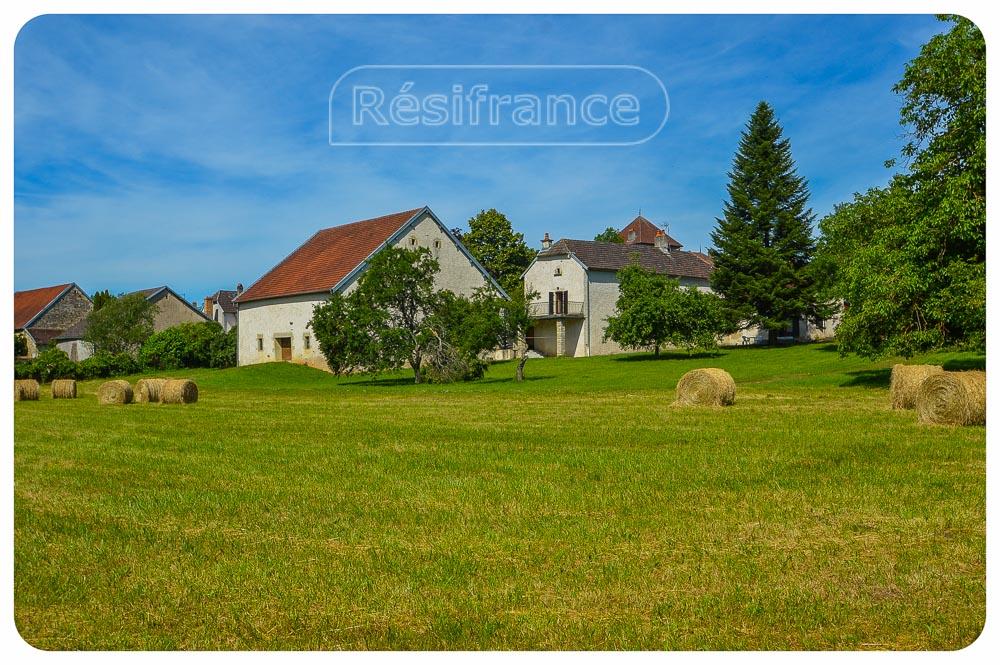 Vrijstaand maison de caractère met terrein, Haute-Saone, Frankrijk