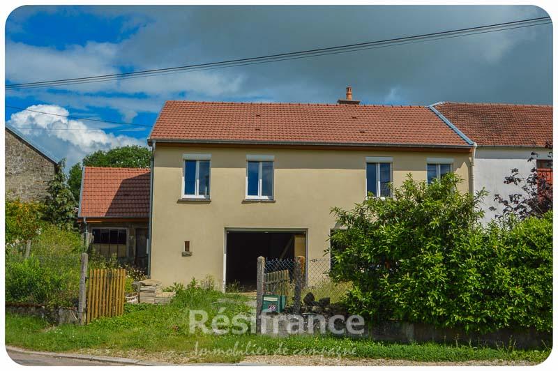 Gedeeltelijk gerenoveerde dorpswoning, Haute-Marne, Frankrijk