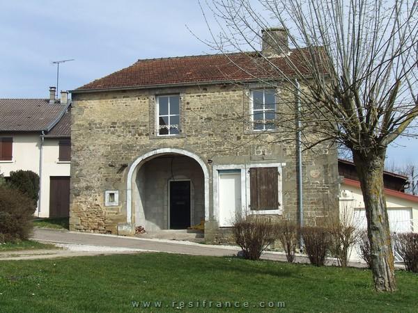 Dorpswoning met tuin en uitzicht, Haute-Marne, Frankrijk