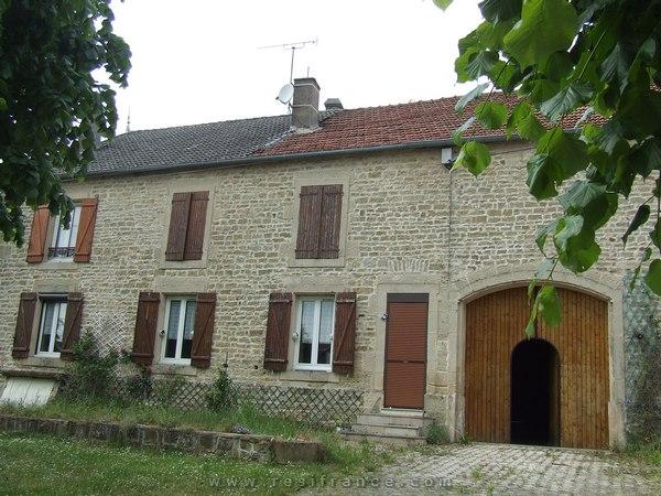 Mooie karakteristieke dorpswoning, Haute-Marne, Frankrijk